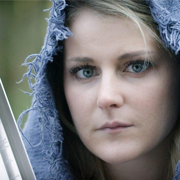 Frau mit Schwert Starke Frauenfiguren