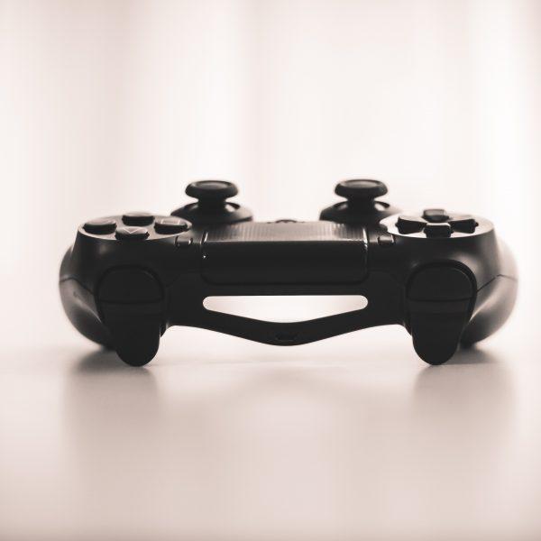 Sexismus und Gaming Artikelbild Controller
